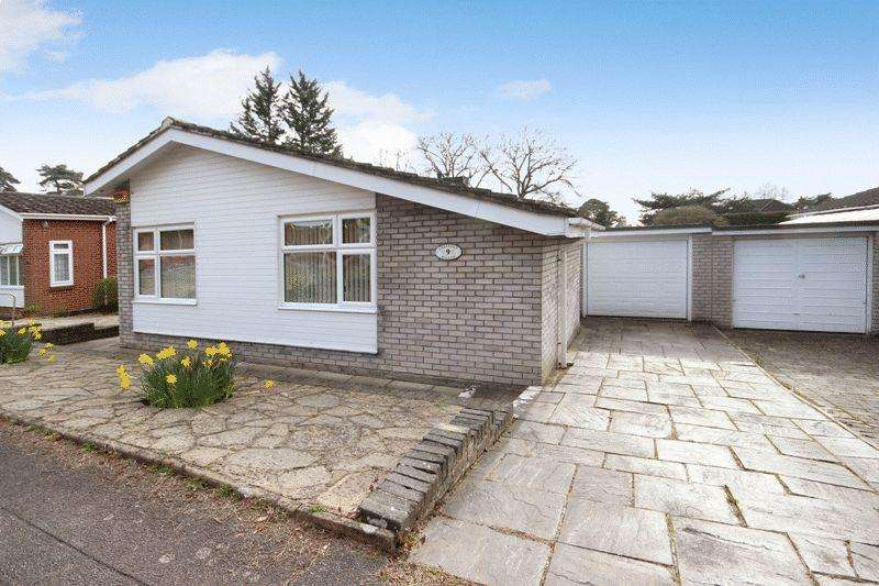 3 Bedrooms Detached Bungalow for sale in ST CATHERINE'S HILL