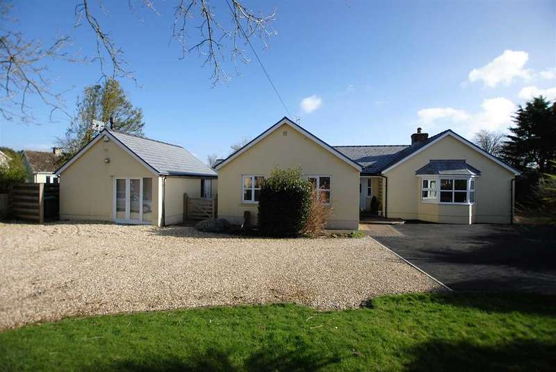 4 Bedrooms Detached Bungalow for sale in Hafod Freshwater East Road