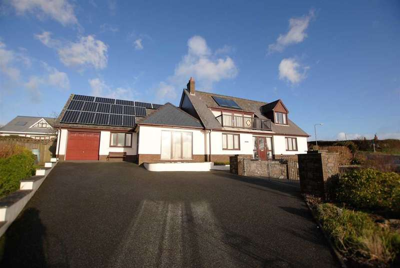 6 Bedrooms Bungalow for sale in Havenside, Trewent Hill, Freshwater East
