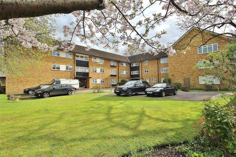 Apartment Flat for sale in Kingswood Court, Brewery Road, Horsell, Surrey, GU21