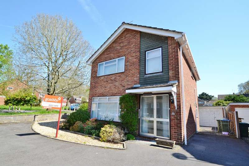 3 Bedrooms Detached House for sale in Lordswood