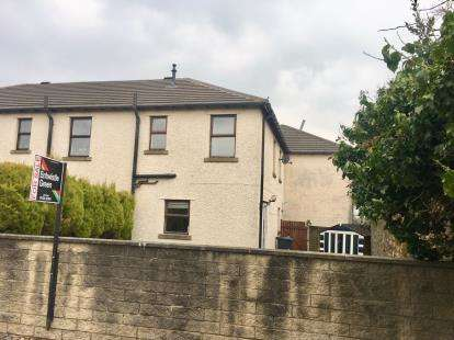 2 Bedrooms End Of Terrace House for sale in Tower Court, Lancaster, Lancashire, LA1