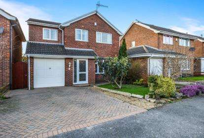 5 Bedrooms Detached House for sale in Bay Horse Drive, Lancaster, Lancashire, LA1