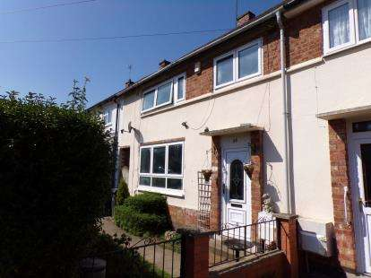 4 Bedrooms Town House for sale in Somers Road, Leicester