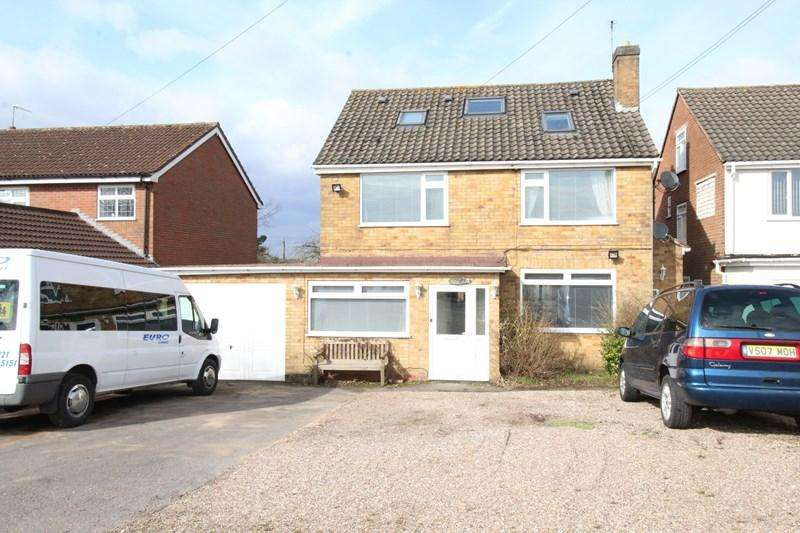 4 Bedrooms Detached House for sale in Haslucks Green Road, Shirley, Solihull
