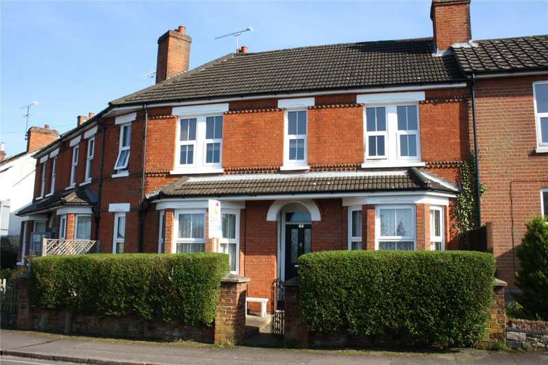 3 Bedrooms Terraced House for sale in Alexandra Road, Aldershot, Hampshire, GU11