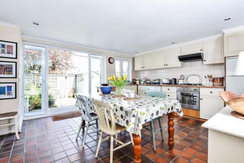 2 Bedrooms Terraced House for sale in Kenlor Road, Tooting