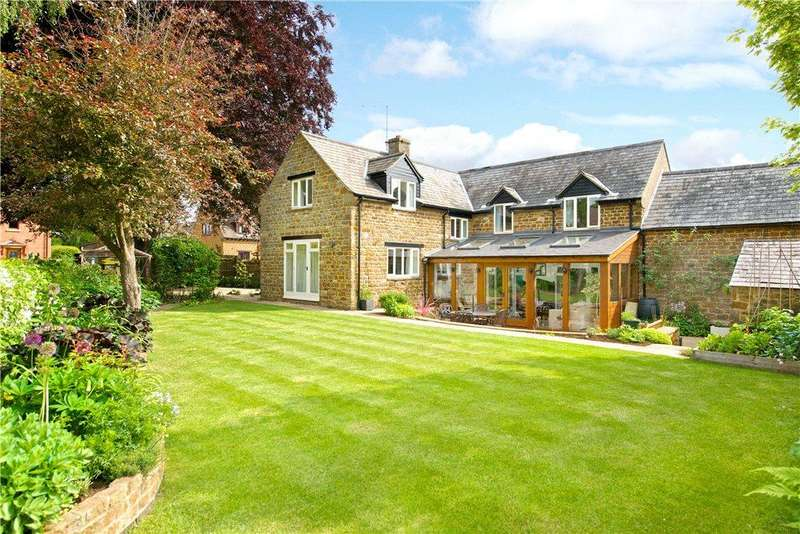 4 Bedrooms Barn Conversion Character Property for sale in Whitecroft Lane, Byfield, Daventry, Northamptonshire