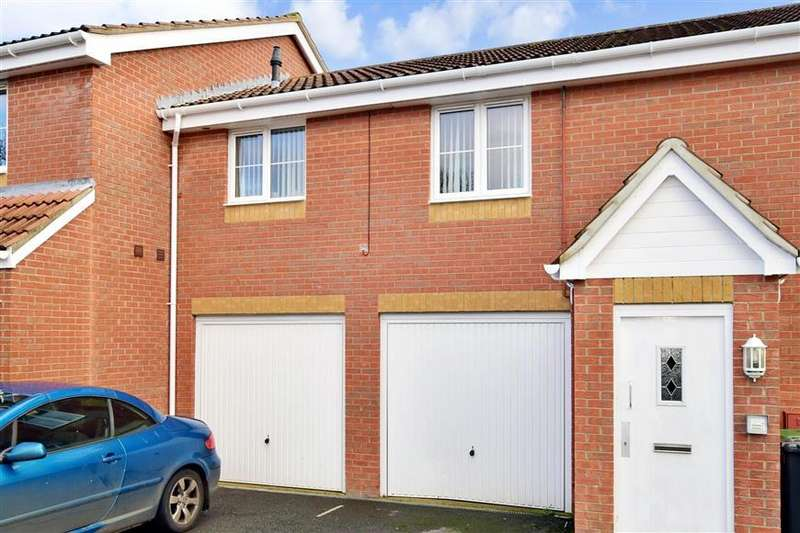1 Bedroom Flat for sale in Brickfield Close, Carisbrooke, Newport, Isle of Wight