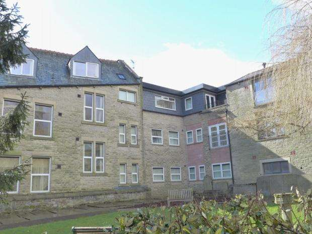 2 Bedrooms Penthouse Flat for sale in Rise Lane Calderdale