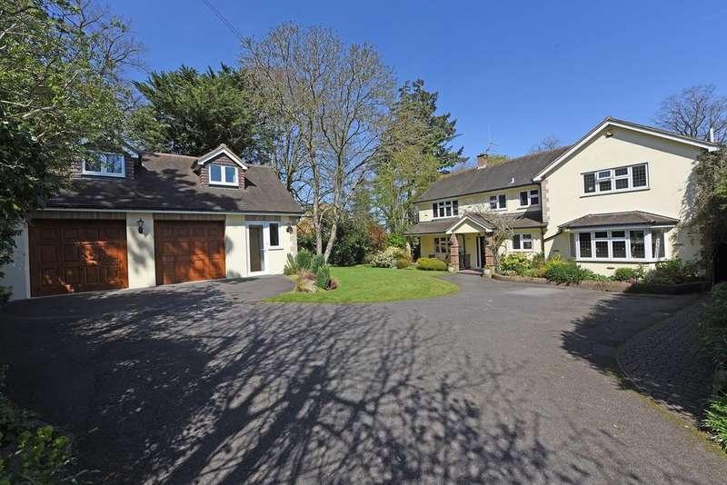 4 Bedrooms Detached House for sale in Burnhams Road, Bookham KT23