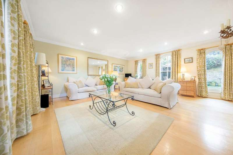 3 Bedrooms Terraced House for sale in The Coach House, Western Lane, SW12