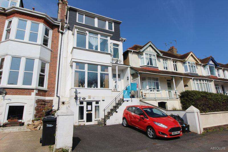2 Bedrooms Apartment Flat for sale in Youngs Park Road, Paignton