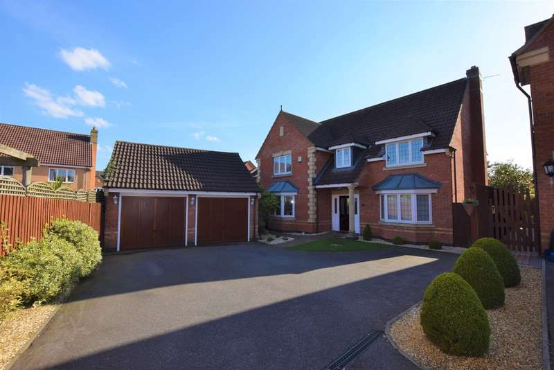 5 Bedrooms Detached House for sale in Troon Way, Burbage LE10