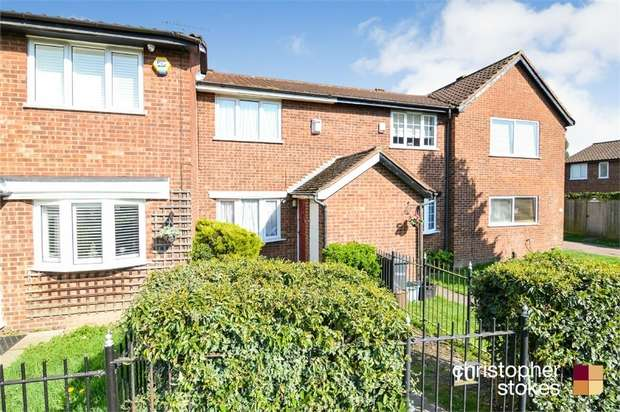 2 Bedrooms Terraced House for sale in Bushbarns, Cheshunt, WALTHAM CROSS, Hertfordshire