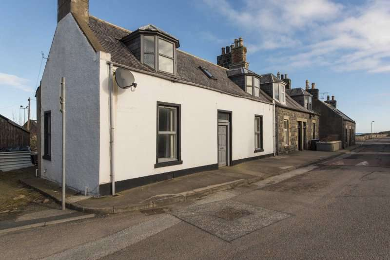 3 Bedrooms Cottage House for sale in High Shore, Macduff, Aberdeenshire, AB44 1SL