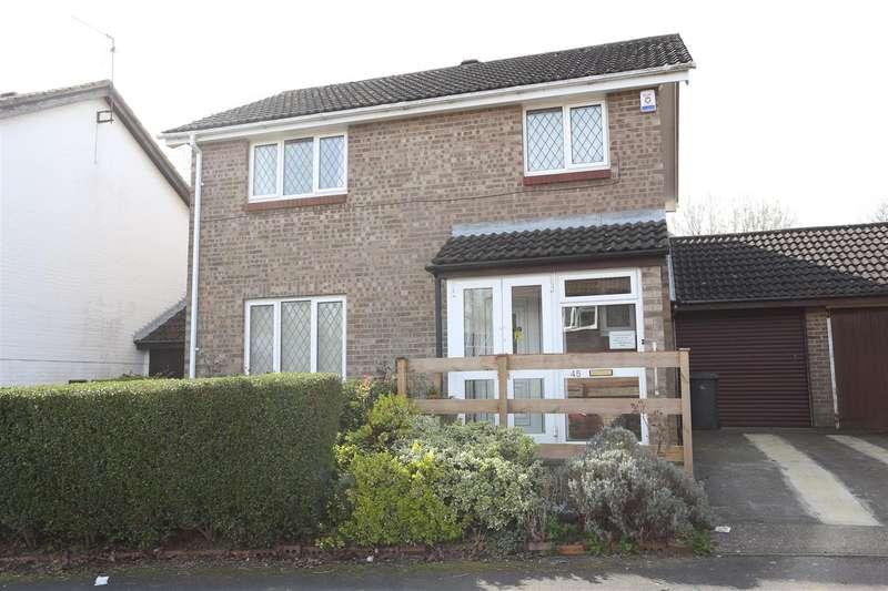 4 Bedrooms Detached House for sale in Muirfield Road, Gleneagles, Wellingborough