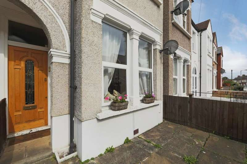 1 Bedroom Flat for sale in Brightwell Crescent, London SW17