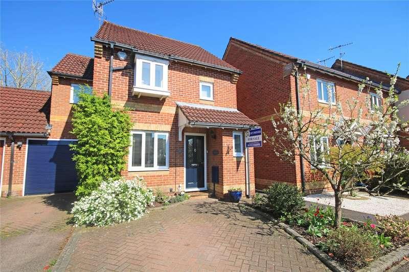 3 Bedrooms Link Detached House for sale in Mays Close, Weybridge, Surrey, KT13
