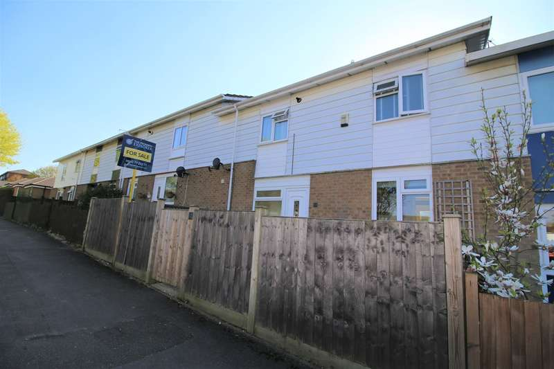3 Bedrooms Terraced House for sale in Glastonbury Close, Popley, Basingstoke, RG24