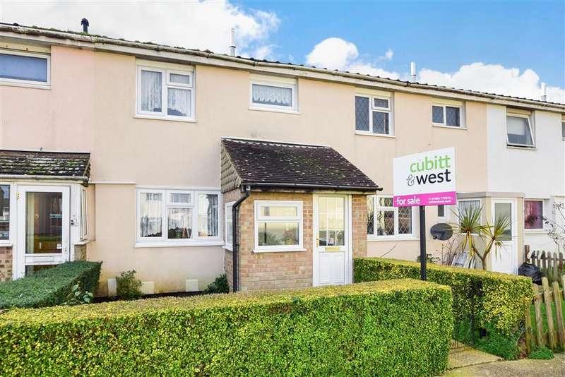 3 Bedrooms Terraced House for sale in Greenfields, , Littlehampton, West Sussex