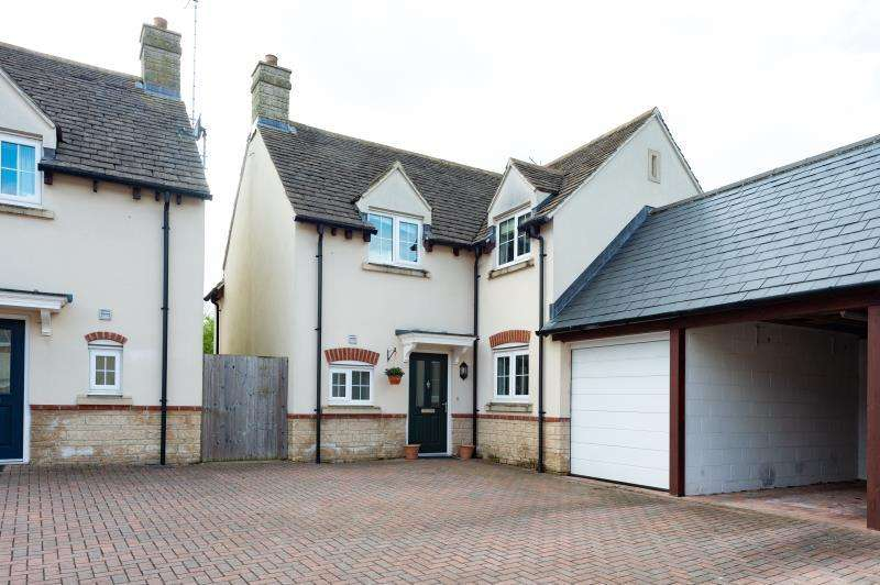 4 Bedrooms Detached House for sale in Crossways Court, Enstone, Chipping Norton, Oxfordshire