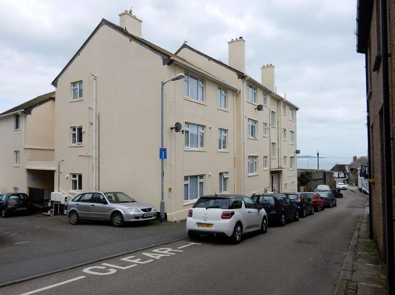 2 Bedrooms Apartment Flat for sale in Custom House Court, Penzance TR18