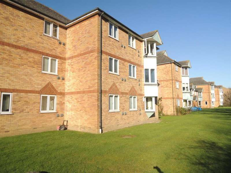 2 Bedrooms Flat for sale in Bignell Croft, Colchester