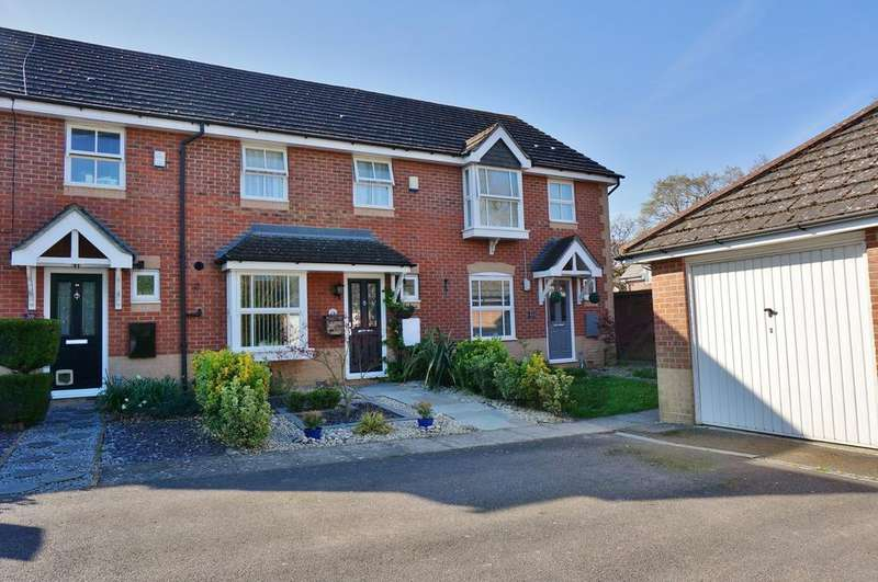 3 Bedrooms Terraced House for sale in TITCHFIELD COMMON