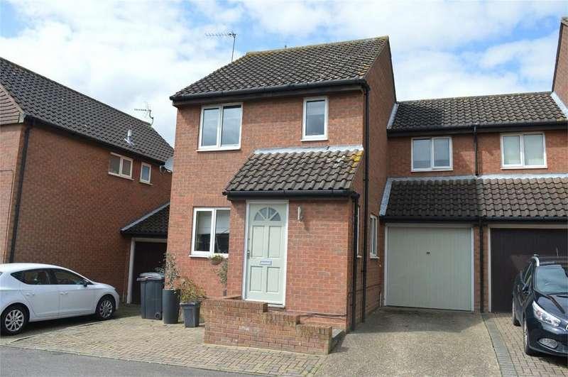 4 Bedrooms Link Detached House for sale in 104 Honeybourne, Thorley Park, Bishop's Stortford