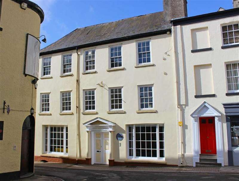 2 Bedrooms Block Of Apartments Flat for sale in St Mary Street, Monmouth