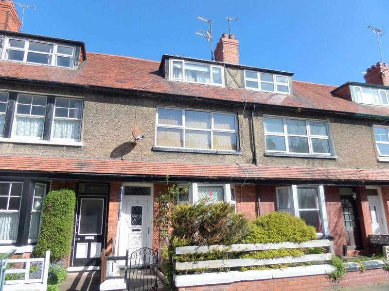 5 Bedrooms Terraced House for sale in Victoria Avenue, Llandudno