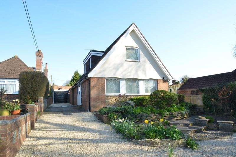4 Bedrooms Detached House for sale in Chestnut Avenue, Andover