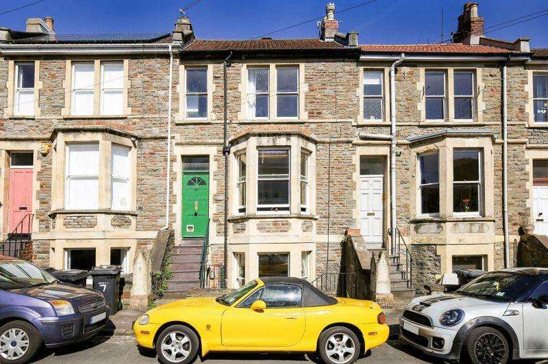 2 Bedrooms Maisonette Flat for sale in Cowper Road, Bristol