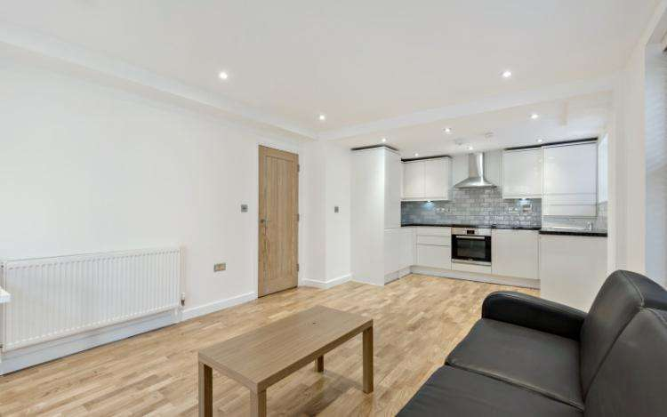 2 Bedrooms Flat for rent in Grenville Street Russell Square WC1N
