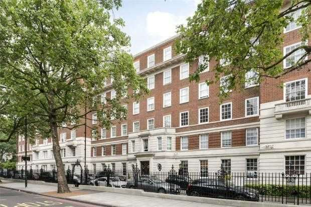 4 Bedrooms Apartment Flat for sale in Abbey Lodge, Park Road, London