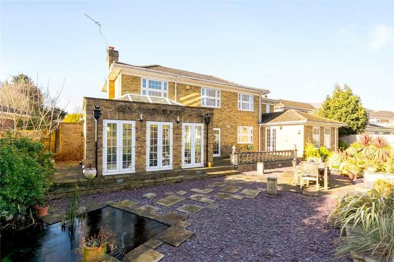 5 Bedrooms Detached House for sale in Watermans Way, Wargrave, Berkshire, RG10