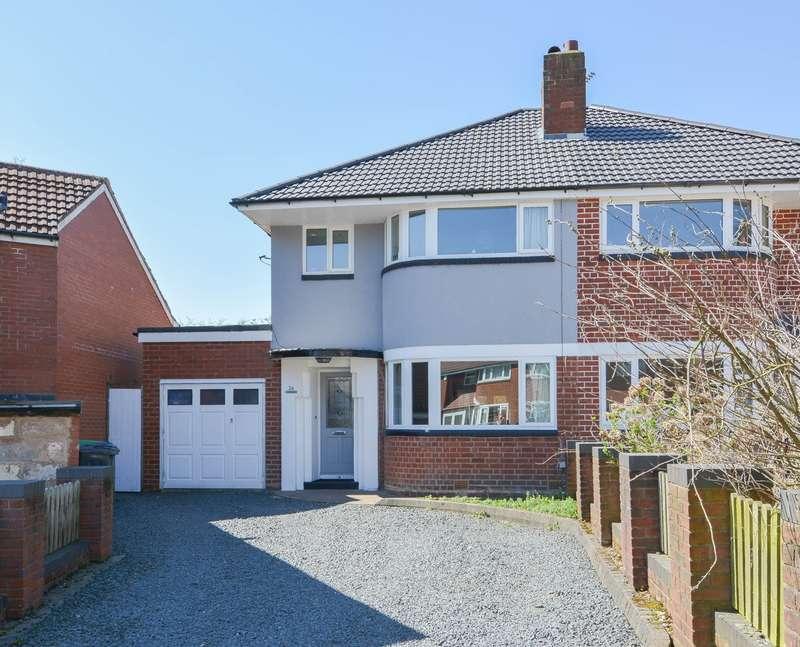 3 Bedrooms Semi Detached House for sale in Warley Croft, Oldbury, B68