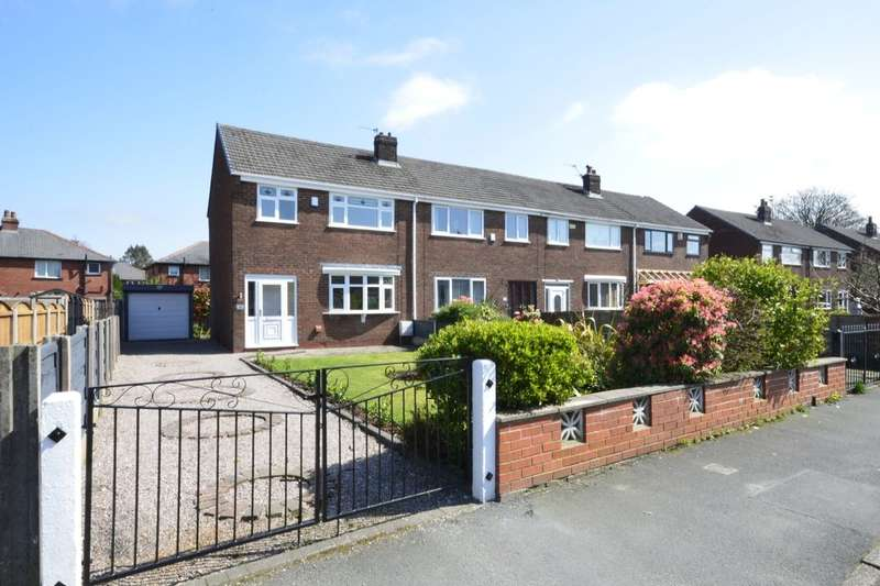 3 Bedrooms Semi Detached House for sale in Calder Drive, Kearsley, Bolton, BL4
