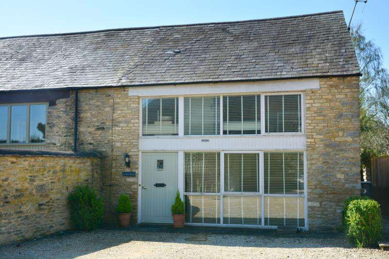 2 Bedrooms House for sale in Little Barn, Bridge Street, Bampton, Oxfordshire