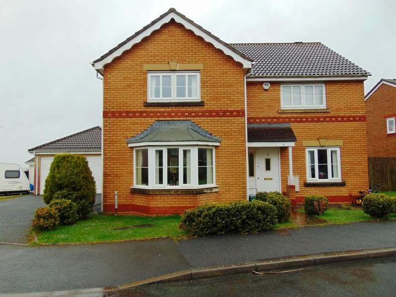 4 Bedrooms Detached House for sale in Clos Cefn Bryn, Llwynhendy