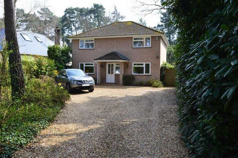 4 Bedrooms Detached House for sale in Glenwood Road, Ferndown, Dorset
