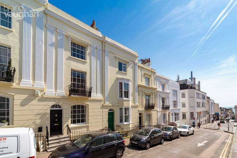 4 Bedrooms Town House for sale in Hampton Place, Brighton, BN1