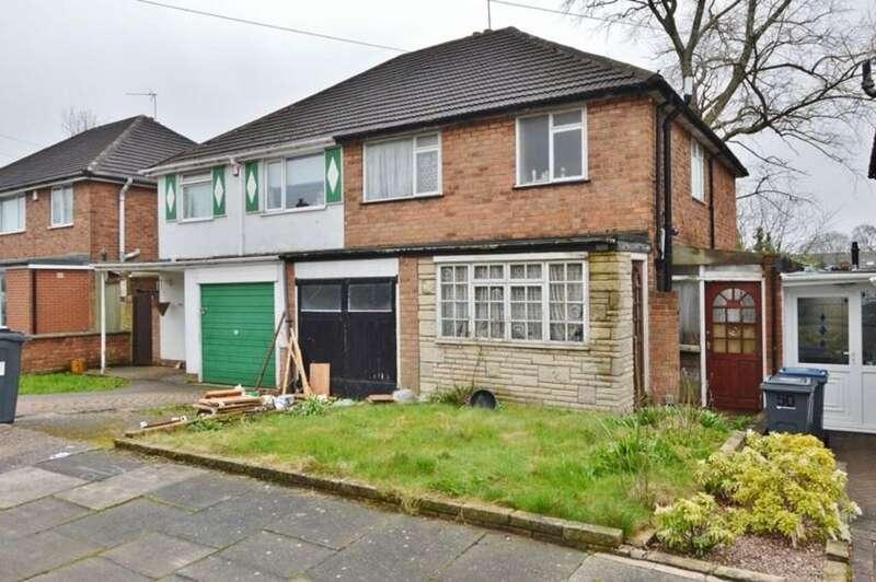 3 Bedrooms Semi Detached House for sale in Robert Avenue, Erdington