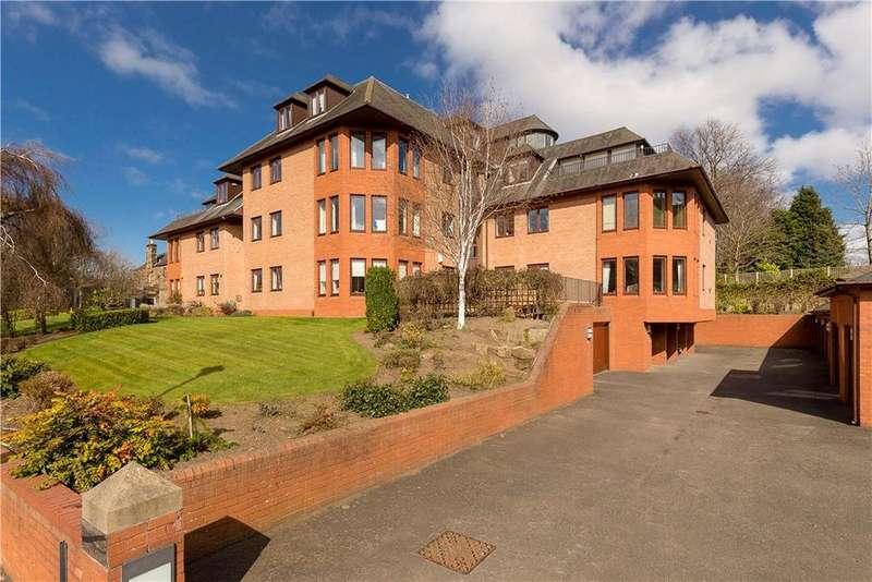3 Bedrooms Flat for sale in Wester Coates Gardens, Edinburgh, Midlothian, EH12