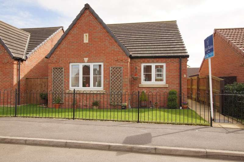2 Bedrooms Detached Bungalow for sale in Roman Way, Caistor, Market Rasen, LN7