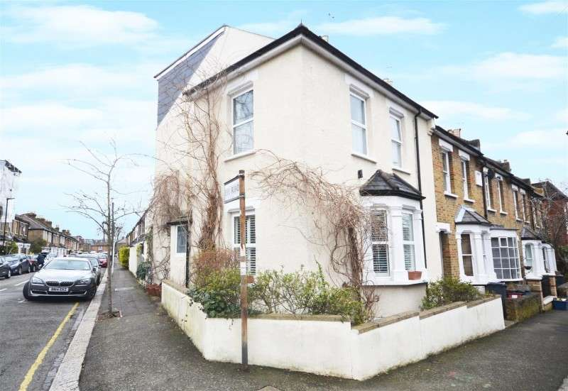 3 Bedrooms Property for sale in Napier Road, Old Isleworth