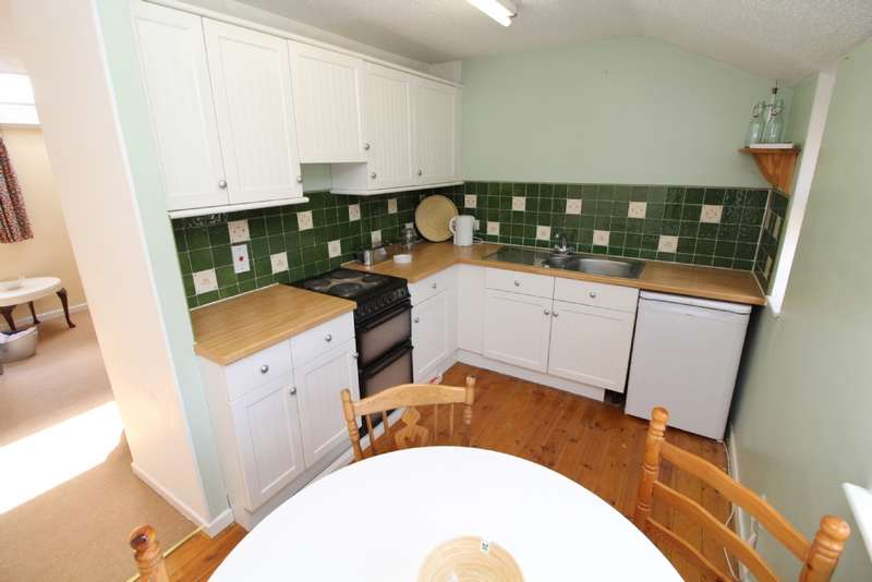 1 Bedroom Flat for sale in North 12th Street, Milton Keynes, Buckinghamshire