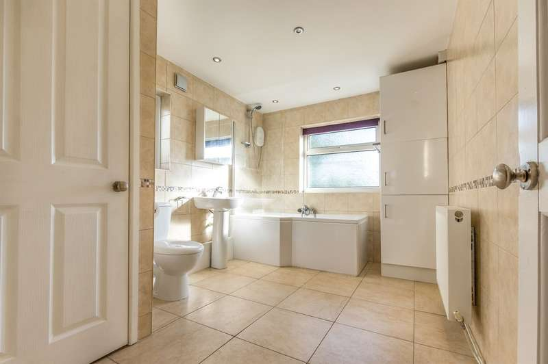 3 Bedrooms End Of Terrace House for sale in West Street, Gorseinon, Swansea