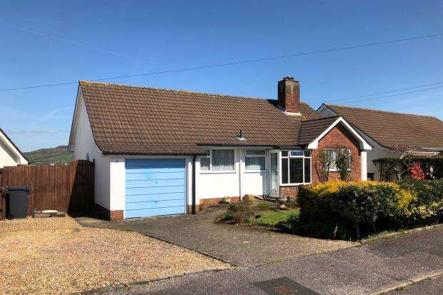 3 Bedrooms Detached Bungalow for sale in Turnpike, Honiton, Devon